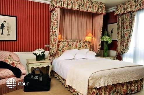 Hotel De Vigny 7