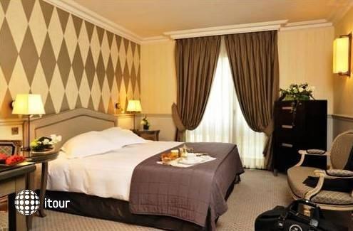 Hotel De Vigny 3