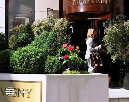 Hotel De Vigny 1