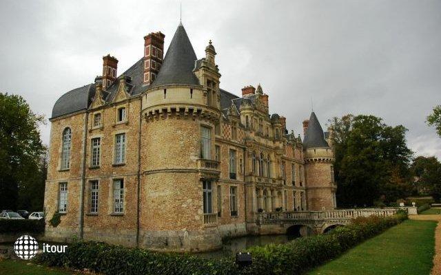 Chateau D`esclimont 4