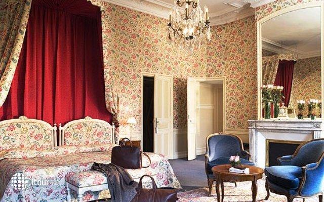 Chateau D`esclimont 3