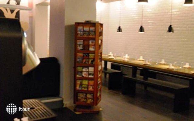 Hotel Des Arts Bastille 10