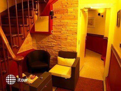 Mary's Hotel 2