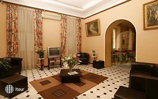 Hotel Des Flandres 1
