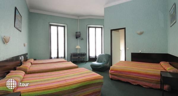 Hotel Des Flandres 6