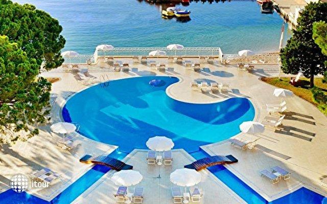 Le Meridien Beach Plaza 5