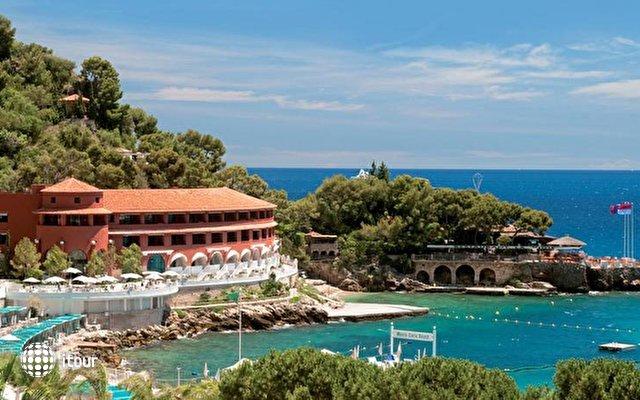 Monte Carlo Beach 1