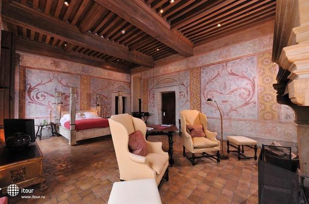 Chateau De Bagnols 6
