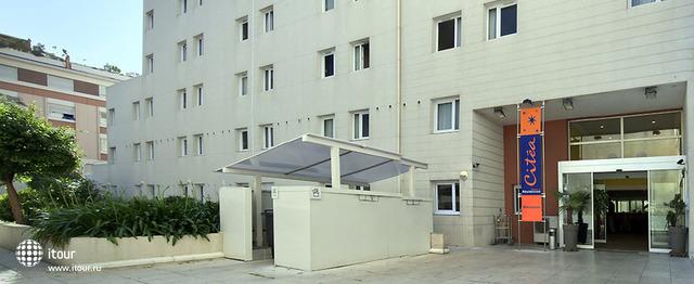 Aparthotel Adagio Access Marseille Prado 1