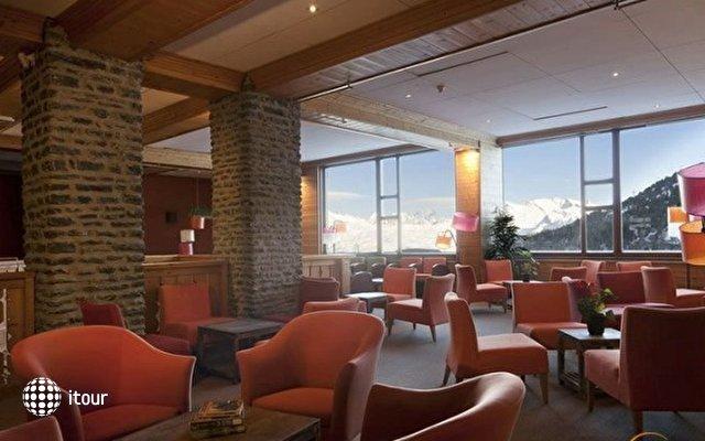 Hotel Club Mmv Altitude 8