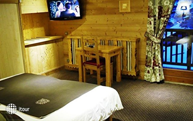 Chalet Hotel Alpina 6