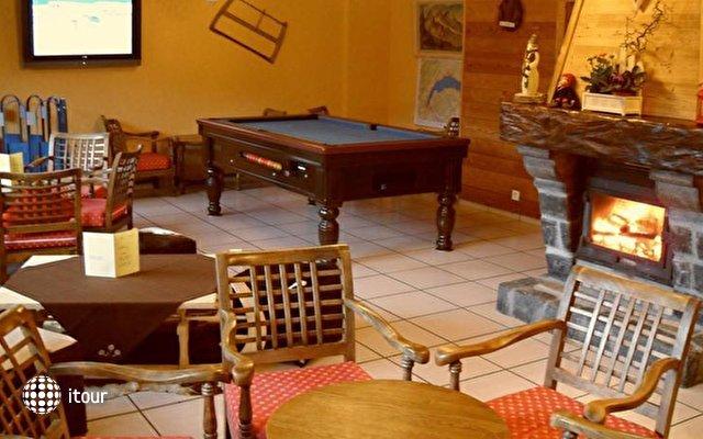 Chalet Hotel Alpina 8