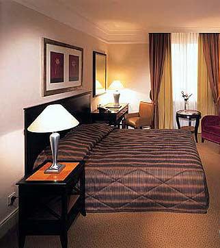 Dom Hotel Koln Le Meridien Hotel 6