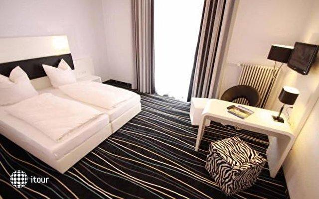 Soleo Hotel Am Park 3