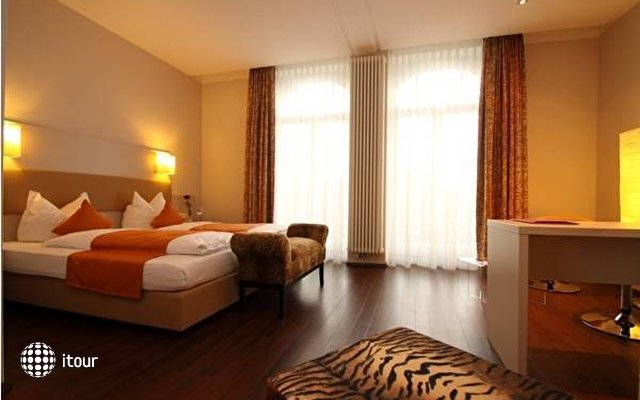Soleo Hotel Am Park 4