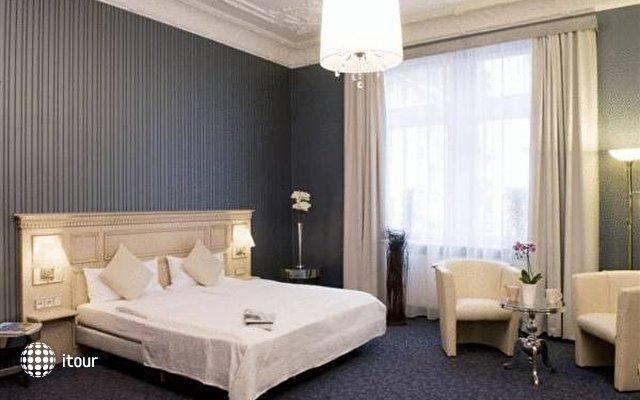 Exzellenz Hotel 6