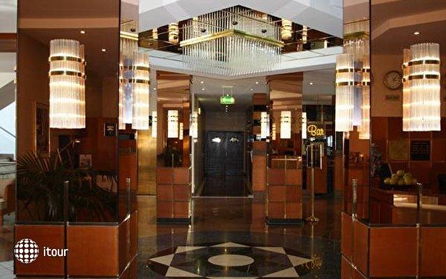 Best Western Delta Park Hotel 10