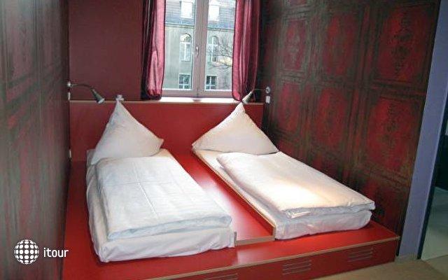 Baxpax Mitte Hostel  1