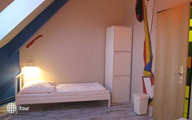 Baxpax Mitte Hostel  5