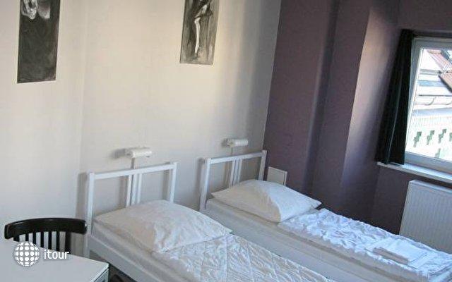 Baxpax Mitte Hostel  6