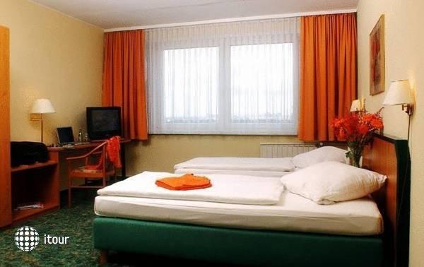 Comfort Hotel Lichtenberg 4
