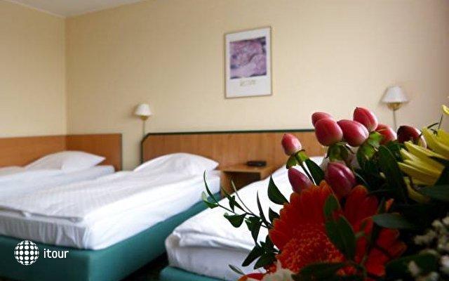 Comfort Hotel Lichtenberg 5