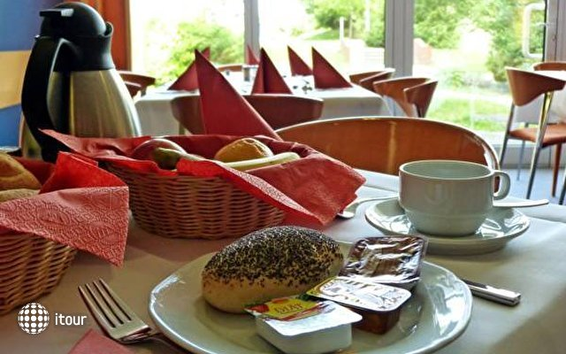 Comfort Hotel Lichtenberg 6