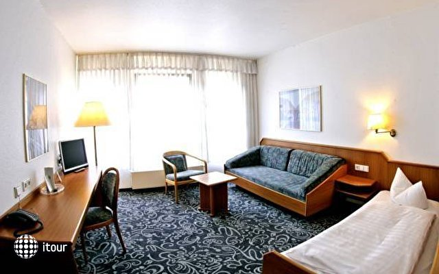 Alfa Hotel 8