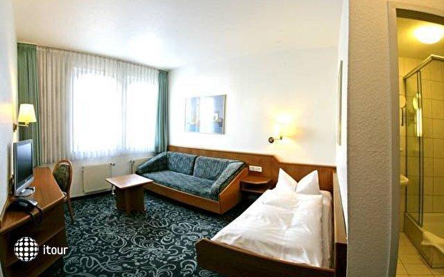 Alfa Hotel 9