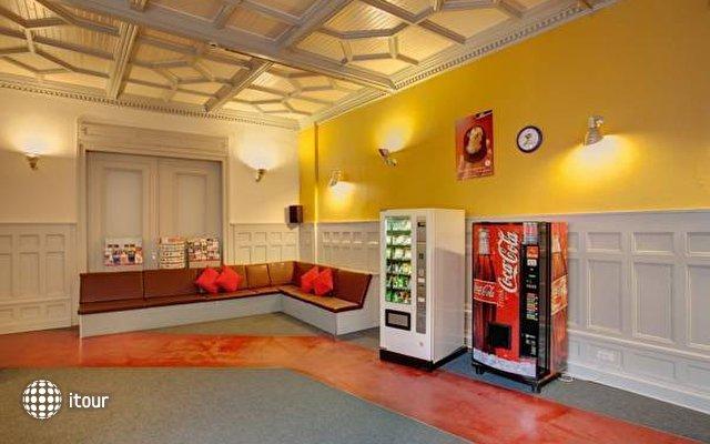 Meininger Hotel Berlin Tempelhofer Ufer  2