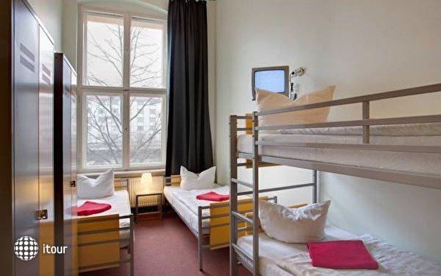 Meininger Hotel Berlin Tempelhofer Ufer  5