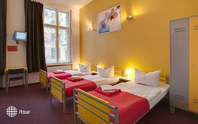 Meininger Hotel Berlin Tempelhofer Ufer  6