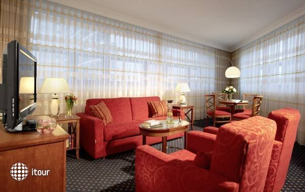 Courtyard By Marriott Berlin-mitte  8