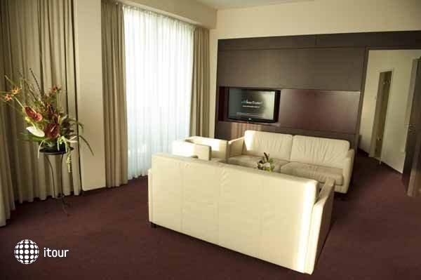Adrema Hotel 8