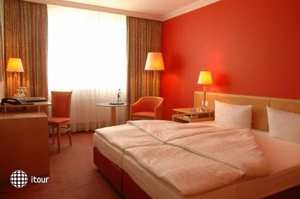 Upstalsboom Hotel Friedrichshain 4