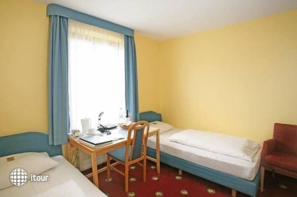 Golden Leaf Hotel Perlach Allee Hof 3