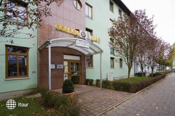 Golden Leaf Hotel Perlach Allee Hof 7