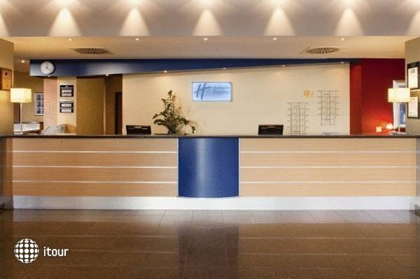Holiday Inn Express Munich Airport Hotel Schwaig 2