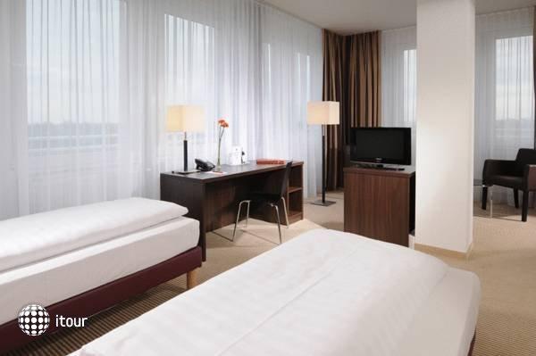Azimut Hotel Munchen City Ost 1