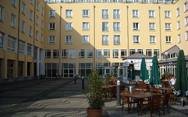 Hilton Bonn 2