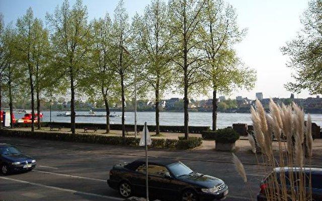 Hilton Bonn 6