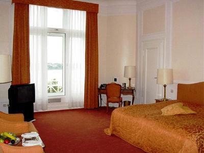 Kempinski Hotel Atlantic 8