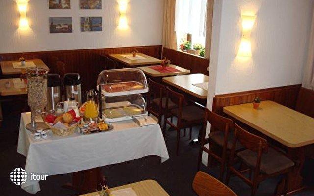 Kieler Hof Hotel 4