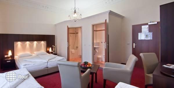 Tot Hotel Graf Moltke 2