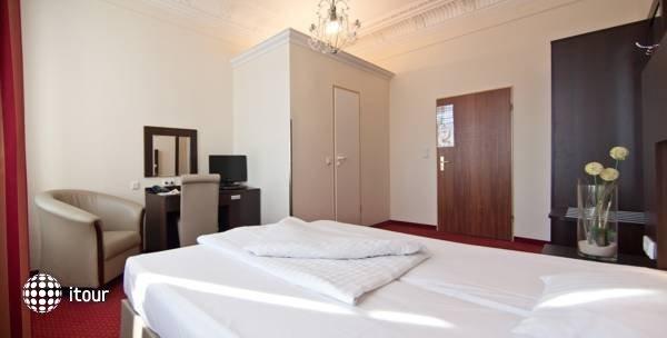 Tot Hotel Graf Moltke 10