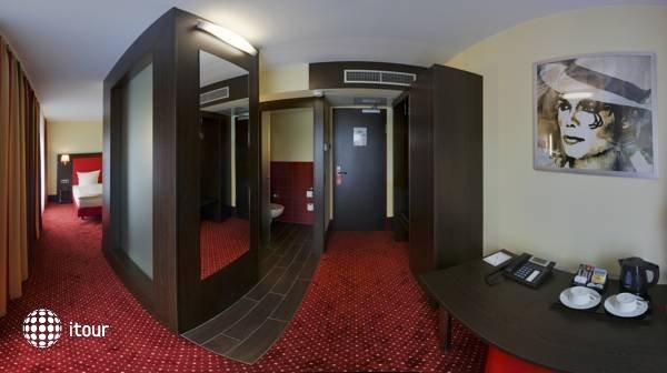 Amedia Hotel Hamburg 8