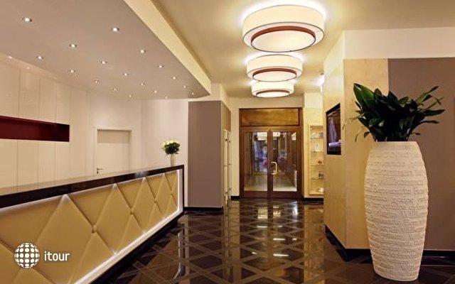 Ramada Uberseehotel 1