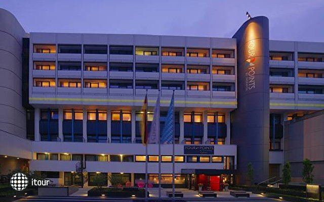 Four Points By Sheraton Central Dusseldorf 1