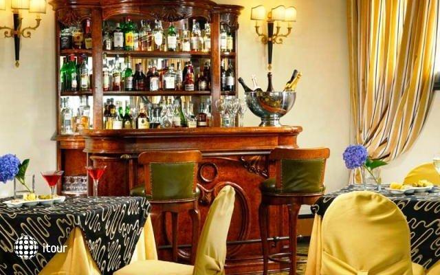 Savoy Hotel Rome 10
