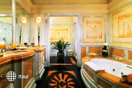 St. Regis Grand Hotel 9